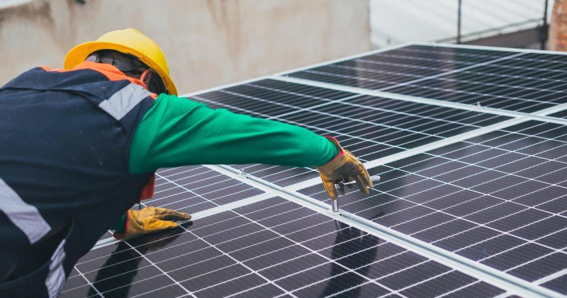 Solar panel installation resilient design