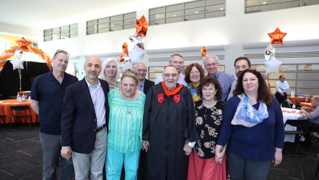 Chris Antholis and family