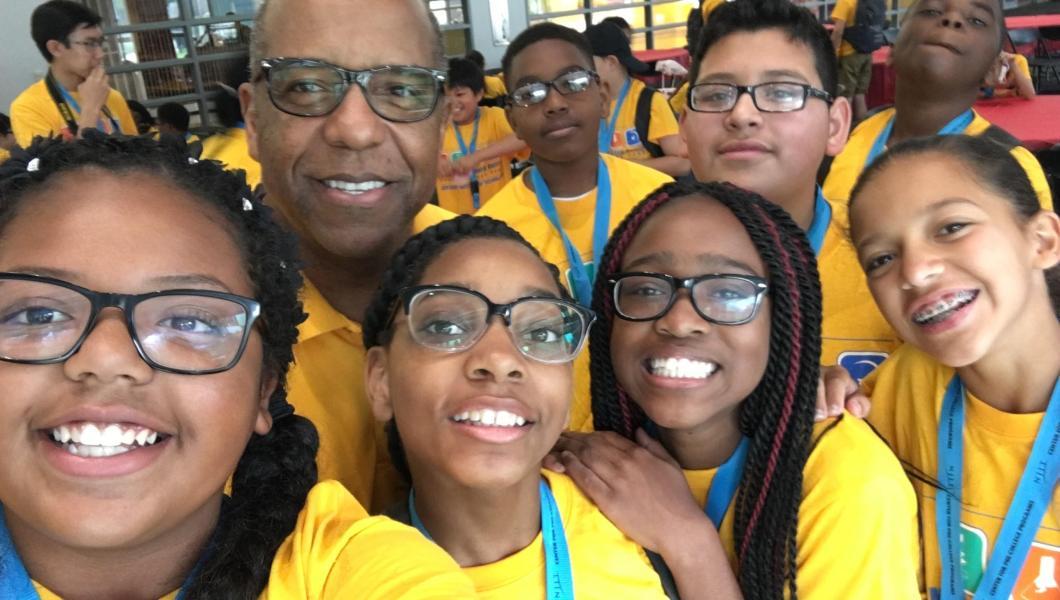 Bernard Harris joins students at last year's summer science camp.