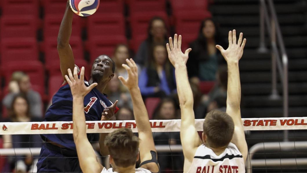 Raymond Kowalski (front) and Jabarry Goodridge (above) combined for 32 kills in the Highlanders win