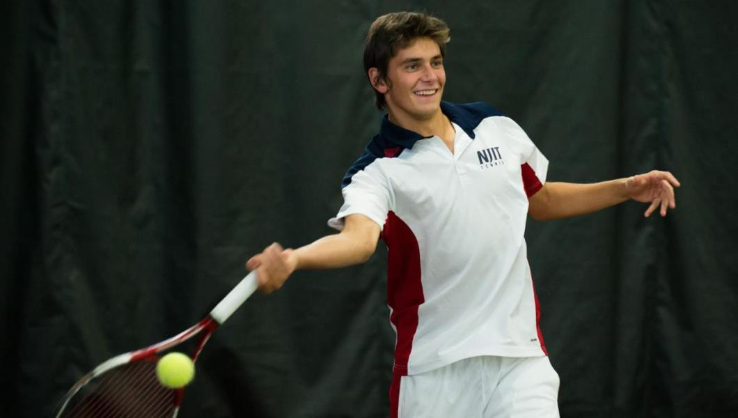 Men's Tennis Sweeps Bucknell 7-0