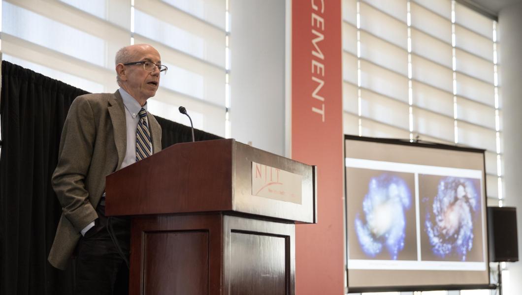 Alum John Decker leads an Honors College colloquium.