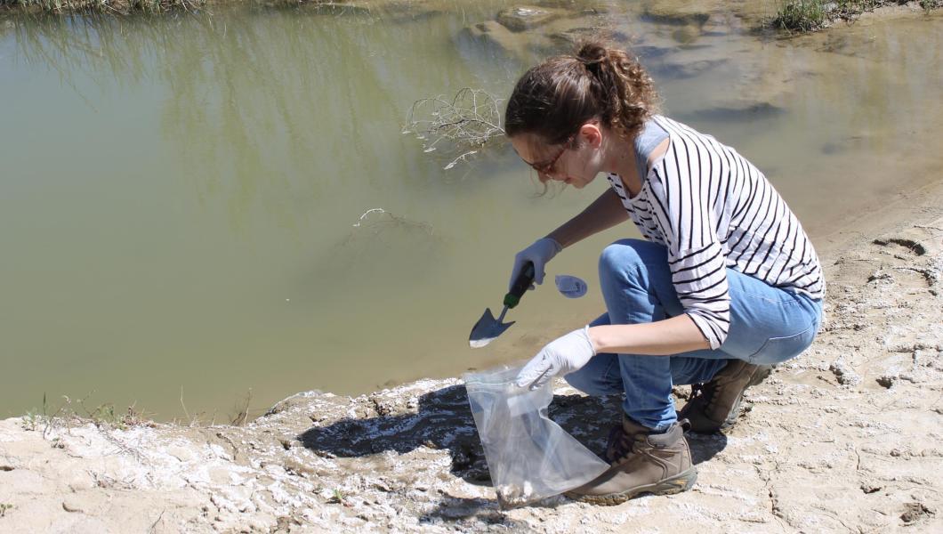 Lucia Rodriguez testing mining waste
