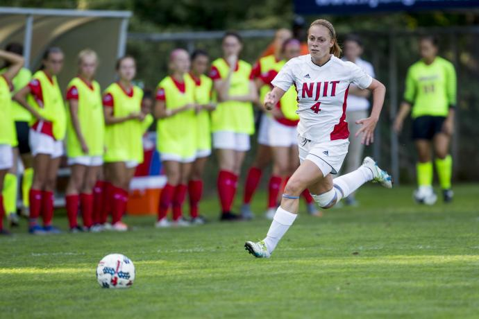 With 10 career goals, Berdan ties for second place in the NJIT Division 1 era.