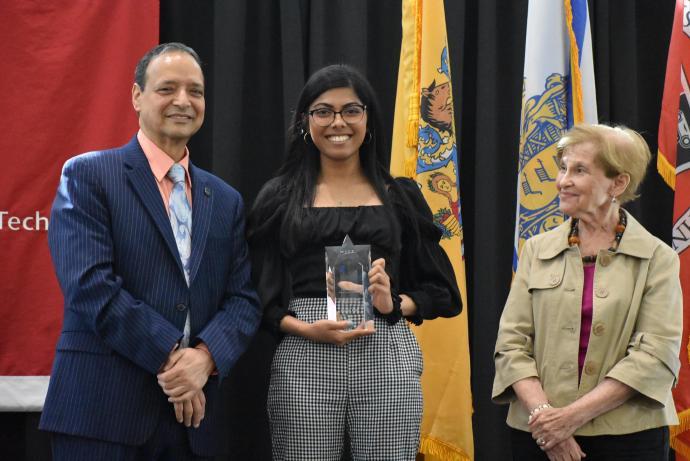 Sreya Sanyal, a URI Provost Summer Research Fellow, won second prize.