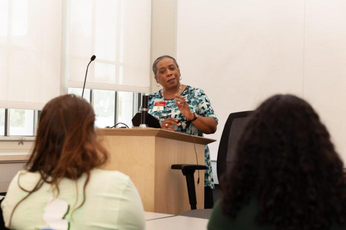 C-CAPS Director Phyllis Bolling leads a Minds Matter discussion about mental health on campus.